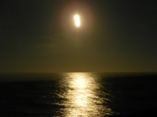 lt moon2